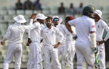 Shakib, Mahmudullah keep Tigers on course in 2nd Test