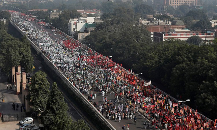 Indian farmers march seeking better prices for produce