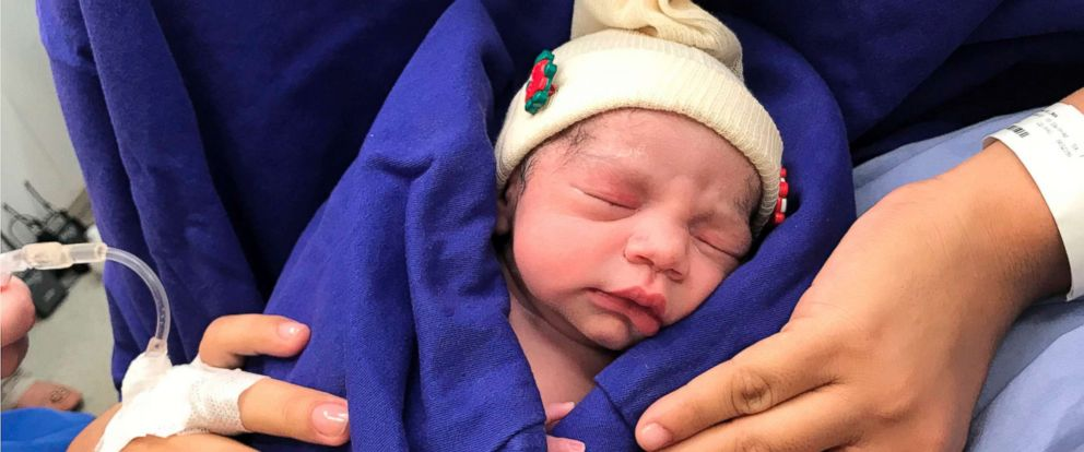 First baby born via dead donor's uterus