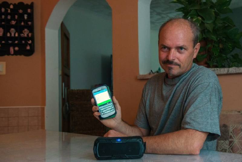 App gives throat cancer patients their voice back