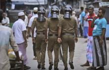 15 dead as Sri Lanka forces raid jihadist hideout