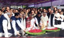 PM, other AL MPs pay tributes to Bangabandhu