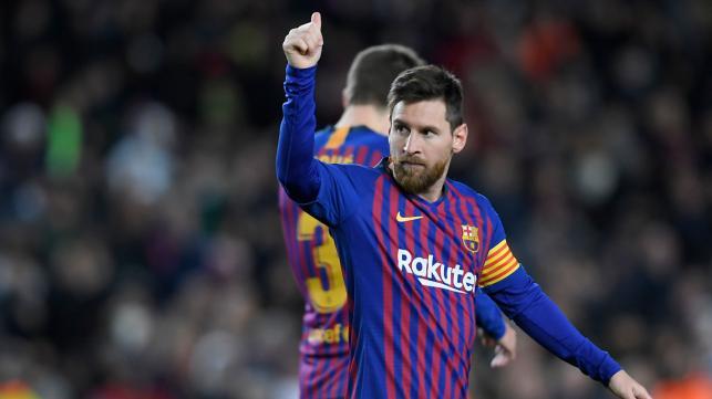 Messi scores record 400th goal