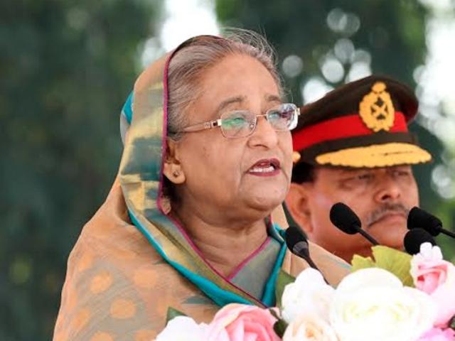 Stay alert to face internal, external threats, PM asks army