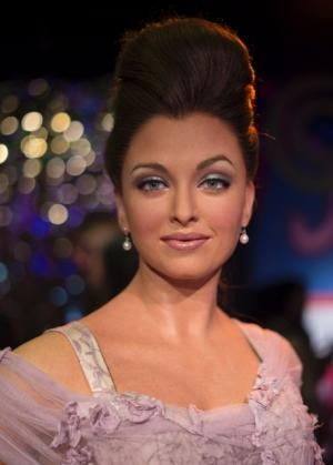 A wax statue of Aishwarya Rai Bachchan is seen at Madame Tussauds wax museum in San Francisco, California on October 6. The museum revealed a Bollywood wax figure set which includes statues of Shah Rukh Khan, Aishwarya Rai Bachchan, Hrithik Roshan, Kareena Kapoor and Amitabh Bachchan to correspond with Diwali, one of India\'s biggest national holidays.  AFP Photo